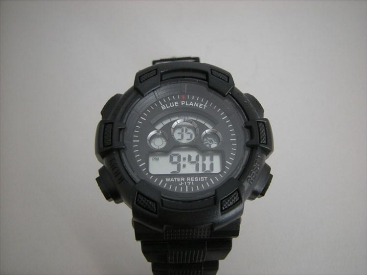ダイソーの300円時計 ブループラネットG ノーマル正面