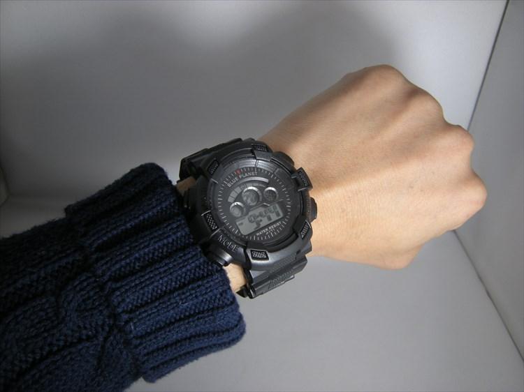 ダイソーの300円時計 ブループラネットG ノーマル装着イメージ