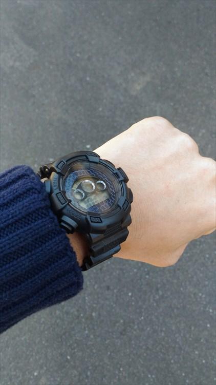 ダイソーの300円時計 ブループラネットG プチカスタム装着イメージ2
