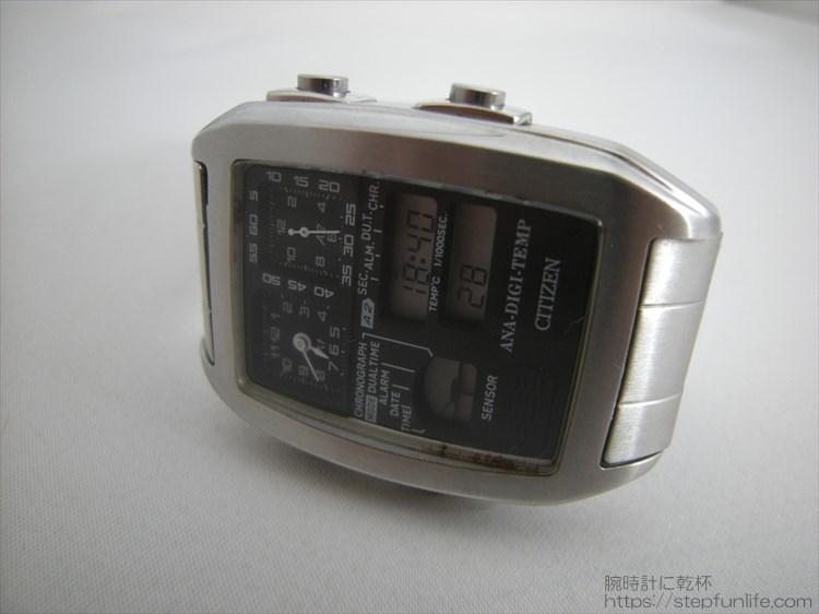 シチズン アナデジテンプ 多機能な腕時計 フェイス写真