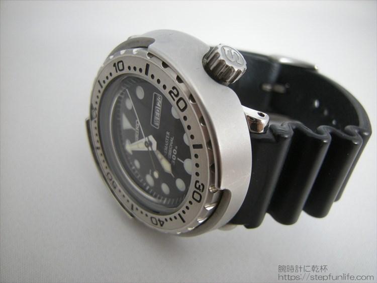 セイコーのダイバーズ時計(sbbn017) ツナ缶 サイドから