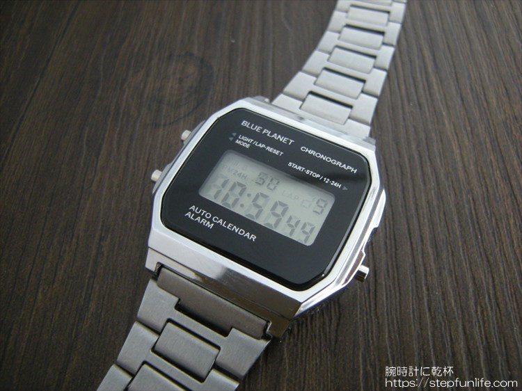 ダイソー300円腕時計(ブループラネット)カスタム前