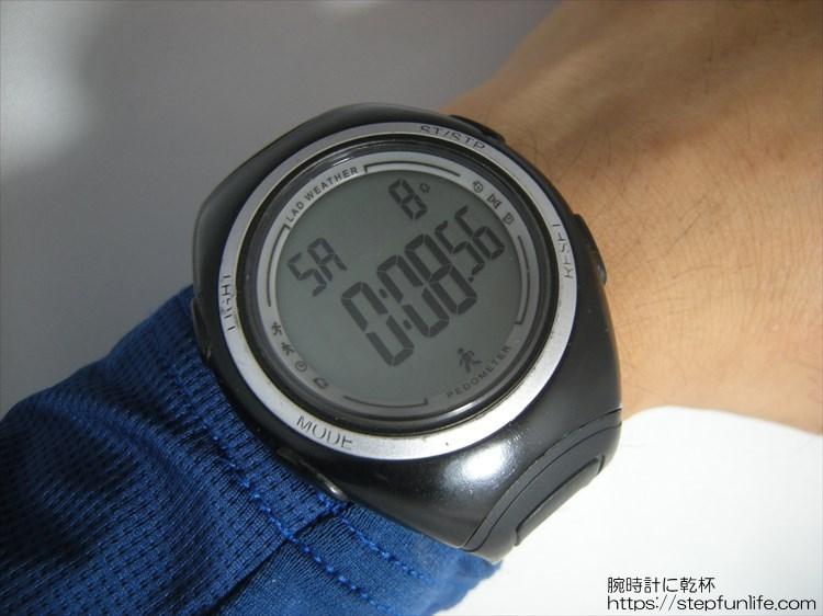 ラドウェザー ペドメーターマスター2 歩数計内臓腕時計 フェイス