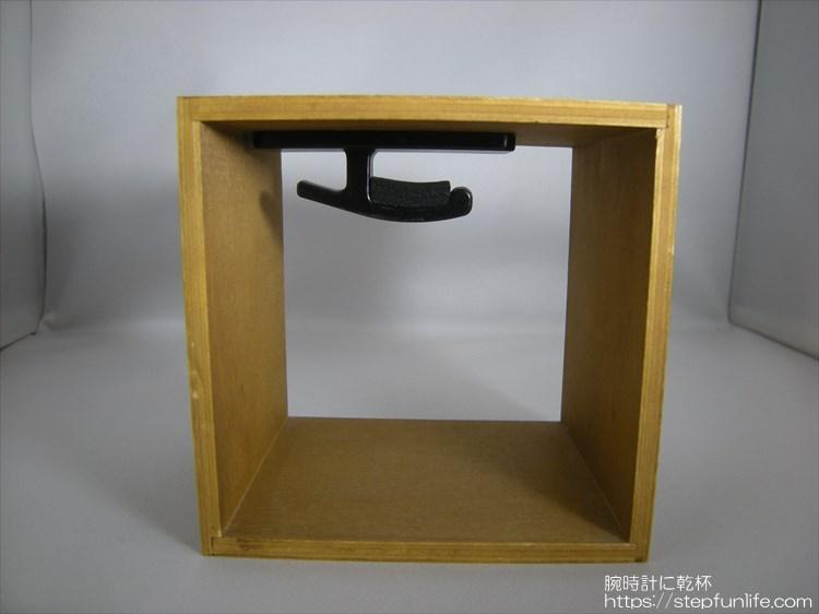 腕時計ディスプレイ (watch display)  木箱タイプ 完成