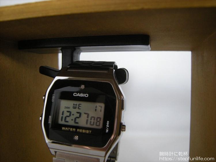 腕時計ディスプレイ (watch display)  木箱タイプ 完成2