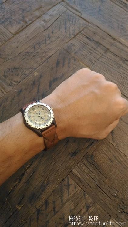 タイメックス サファリ (timex safari) 復刻 装着イメージ