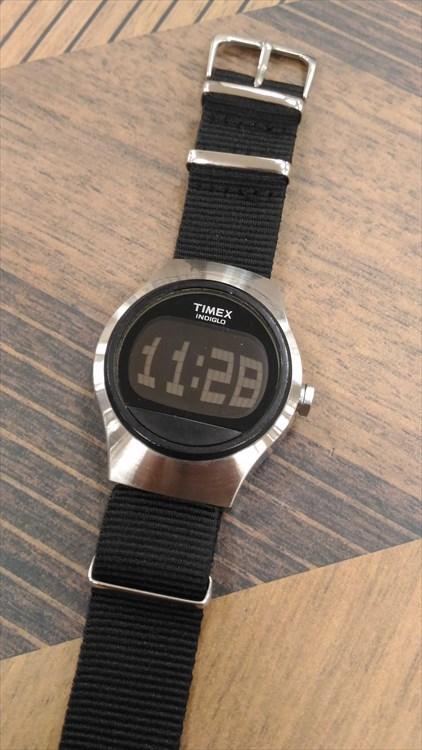 timex(タイメックス)デジタル 全体写真