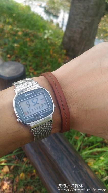 サンヨー デジタル時計 レザーブレスと一緒に