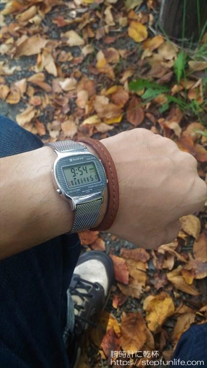 サンヨー デジタル時計 装着イメージ6