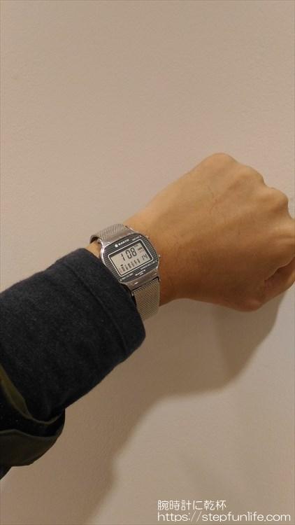 サンヨー デジタル時計 装着イメージ 全体