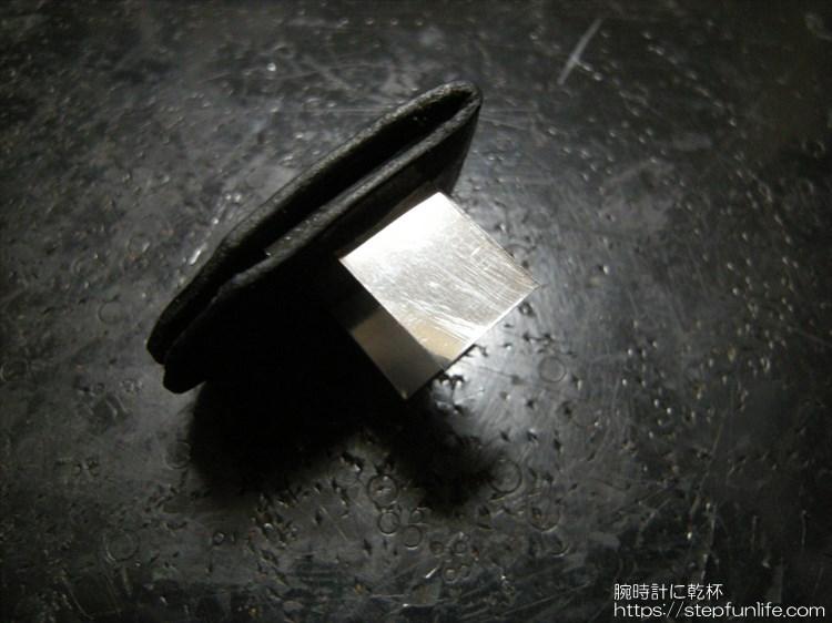 腕時計に鏡を取り付ける アルミ板取り付け