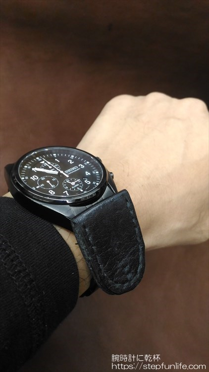 腕時計に鏡を取り付ける 装着イメージ