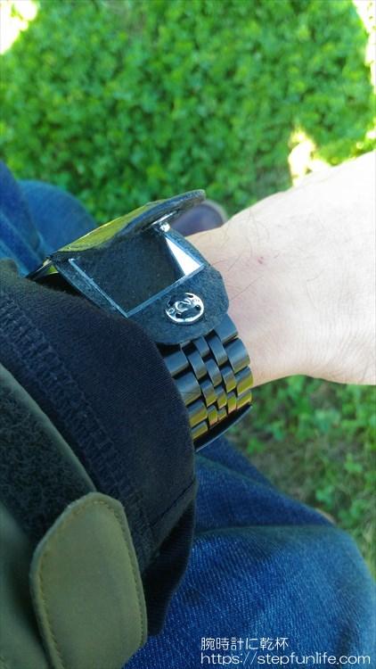 腕時計に鏡を取り付ける 装着イメージ6 OPEN