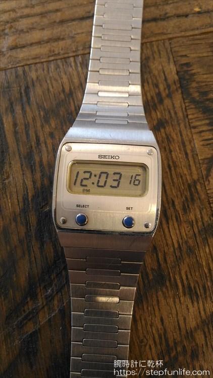 セイコー(SEIKO) オールドデジタル F231-500B フェイス