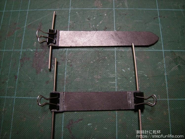 自作レザーベルト(リザード)ブラウン 芯材 バネ棒スペース