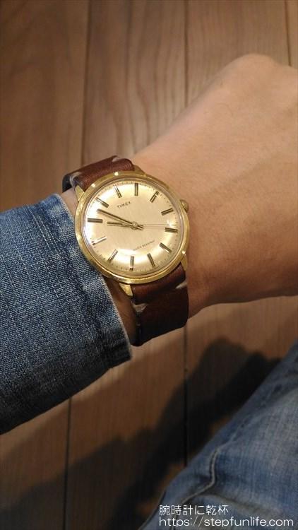 タイメックス(timex) 手巻き 着用イメージ