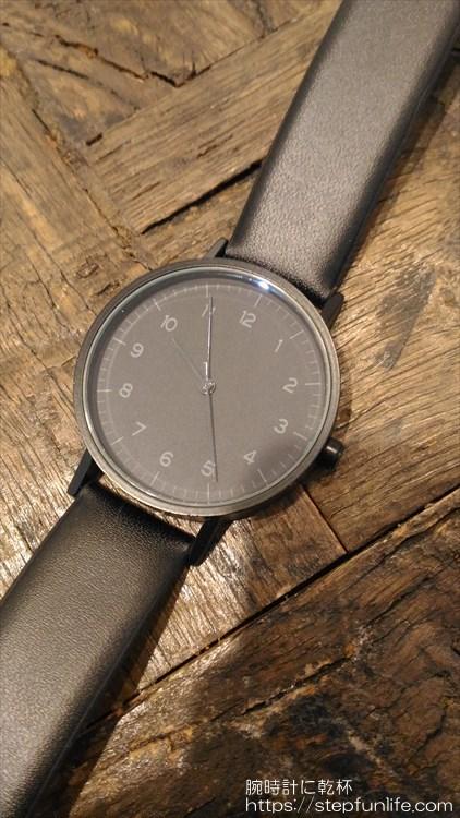 ダイソー 500円時計 シンプルウォッチ フェイス