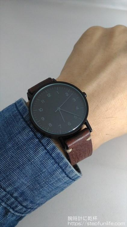 ダイソー 500円時計 シンプルウォッチ 着用イメージ 自作ベルト
