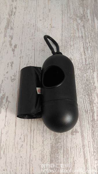 レジ袋 ケース(キャンドゥ) 携帯ゴミ袋ケース 内容