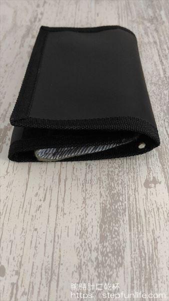 マスクケースの代用品 100円ショップのダイソーの3つ折り財布 収納手順 横から