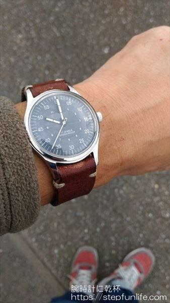 腕時計のムーブメント・文字盤交換 着用イメージ