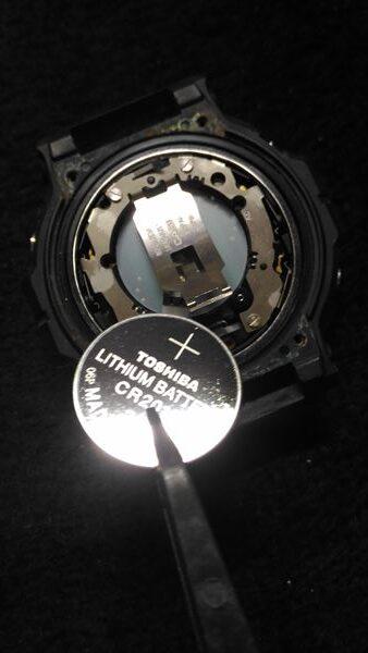 カシオ Gショック DW-5900 電池交換4
