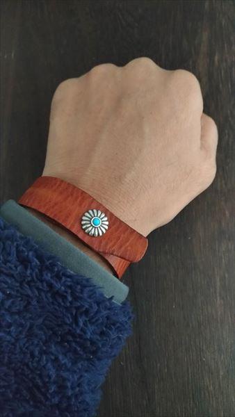 超簡単 腕時計ベルトの作り方 着用イメージ ブレスとして