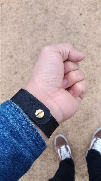 超簡単 腕時計ベルトの作り方 着用イメージ ブラック 裏