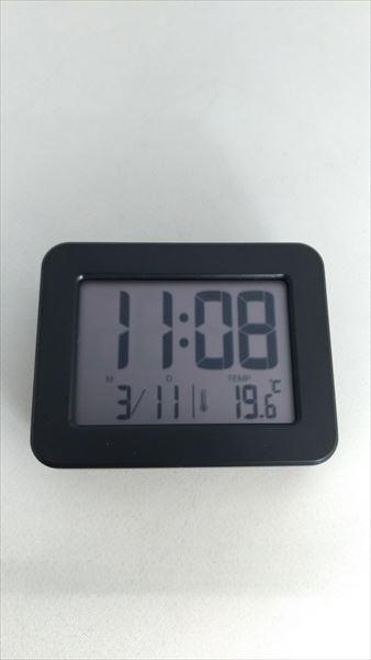 ダイソー 300円デジタル時計 フェイス3