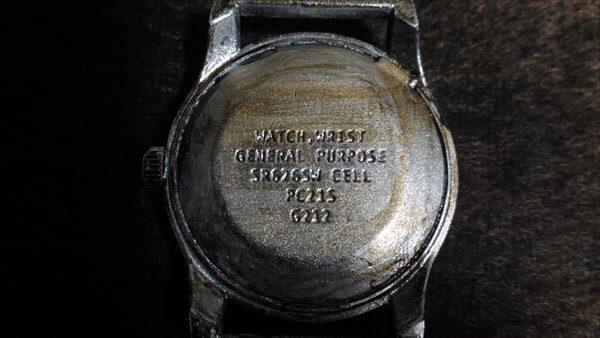 ダイソー 500円腕時計 ミリウォッチ 電池交換 電池型番