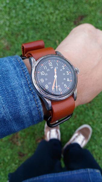 ダイソー 500円腕時計 ミリウォッチ 電池交換 完成 着用イメージ