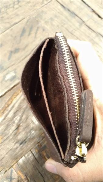 薄い財布を自作(レザークラフト・ハンドメイド) 完成 フリーポケット仕切り装着