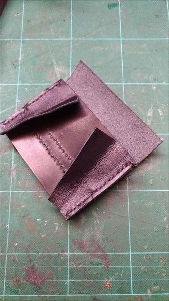 小さい財布を自作。内部パーツ完成2
