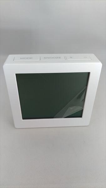 ダイソー 500円デジタル置時計(温湿度計付き) フェイス