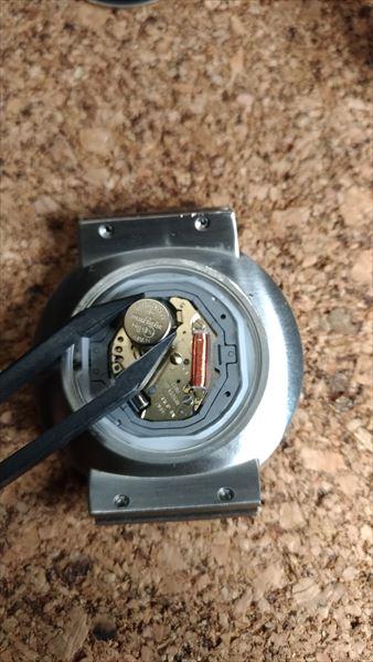 スカーゲン(SKAGEN) SKW6024 の自作ベルト 電池交換3